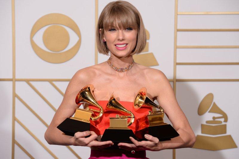 Taylor-Swift-Mark-Ronson-Kendrick-Lamar-