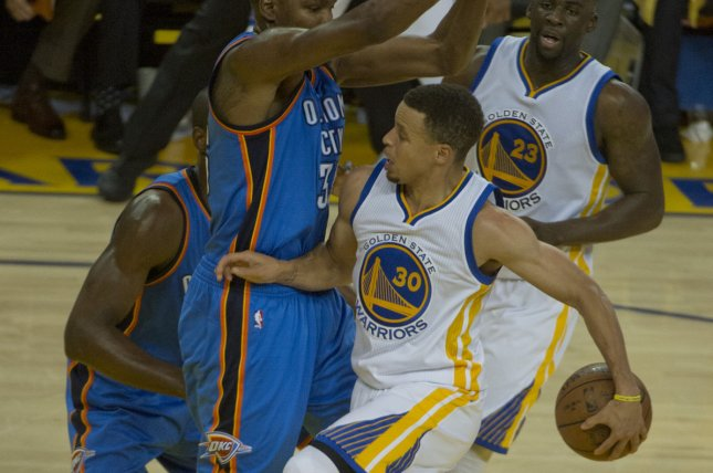 Golden State Warriors' Stephen Curry comments on elbow ...