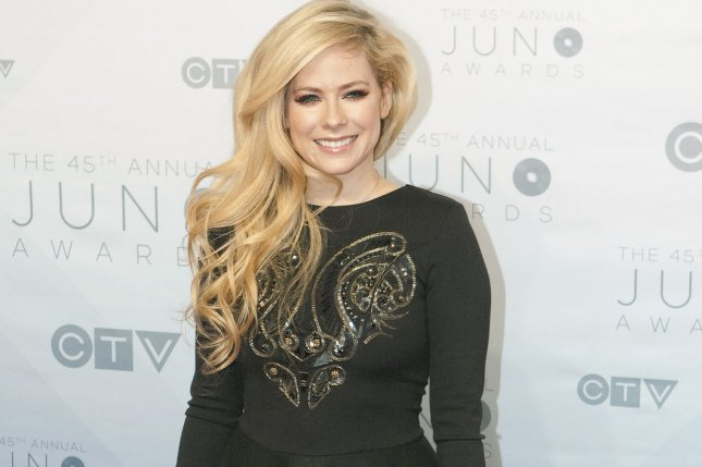 watch avril lavigne goes to iceland in head above water music