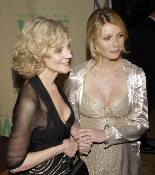 Gwyneth Paltrow and mom Blythe Danner at the Women in Film Crystal + Lucy Awards in 2004. Danner said her daughter considered her recent Goop store robbery good publicity. File Photo by Jim Ruymen/UPI