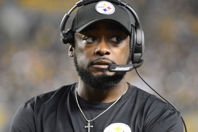 9a1bbf5fb Pittsburgh Steelers head coach Mike Tomlin stands on the sideline during the  fourth quarter against the Baltimore Ravens on September 30