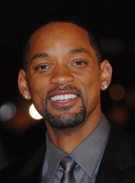 American actor Will Smith attends the premiere of I Am Legend at Odeon, Leicester Square in London on December 19, 2007. (UPI Photo/Rune Hellestad)