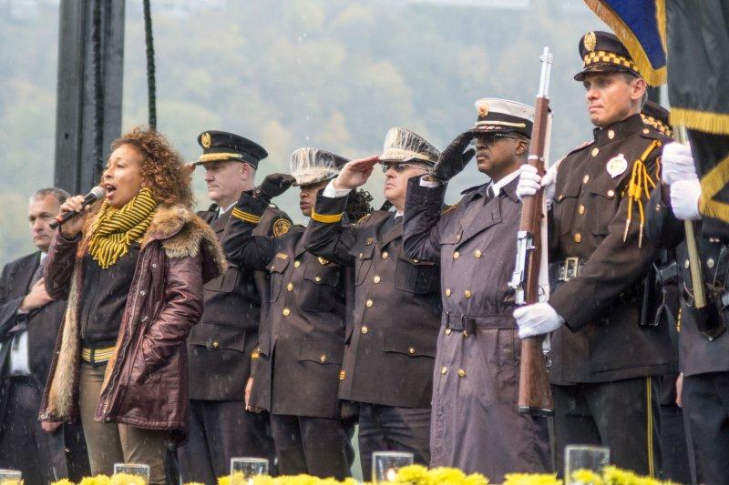 Watch: Michael Keaton, Tom Hanks honor Pittsburgh shooting victims