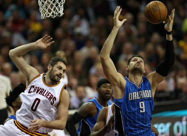 Fantasy Basketball: Orlando Magic lose Nikola Vucevic to broken hand