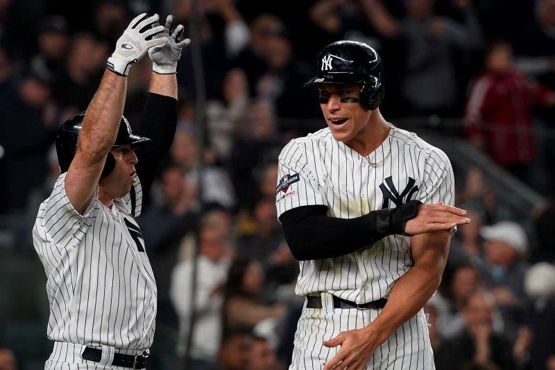 Alds New York Yankees Dominate Minnesota Twins Grab 1 0