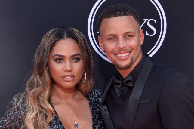 Ayesha Curry announces she's pregnant: 'Curry party of 5'