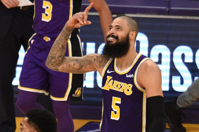 4b806e100 Los Angeles Lakers center Tyson Chandler (5) had three blocks in the Lakers   win against the Atlanta Hawks on Sunday at Staples Center in Los Angeles.