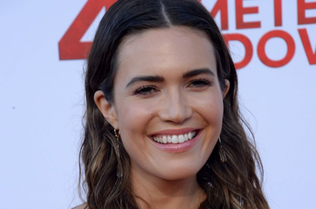 Mandy Moore shares photo of black eye and stitches after shower mishap