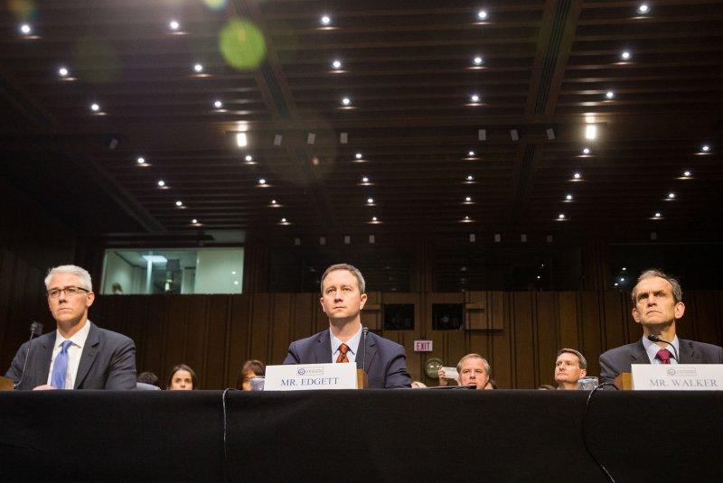 Facebook's Zuckerberg to testify in House next week amid data row