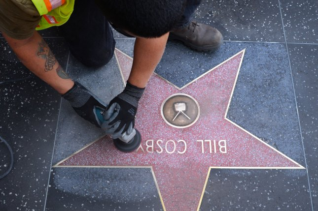 Bill Cosby's star won't be removed from the Hollywood Walk ...