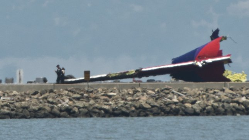 NTSB chief says 777 crews have plenty of help landing