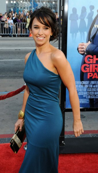 Lacey Chabert is a widow in 'The Color of Rain' - UPI com