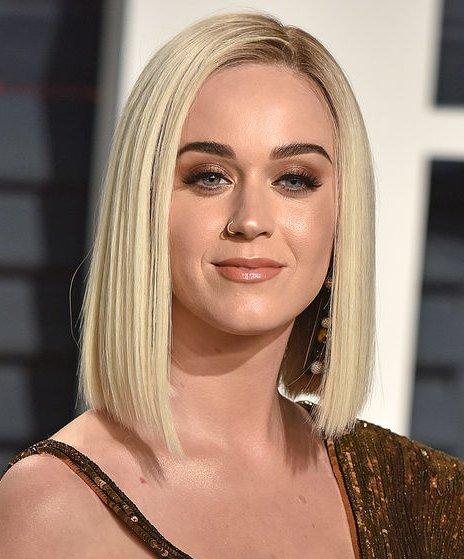 Katy Perry The Villan 9FXGoC