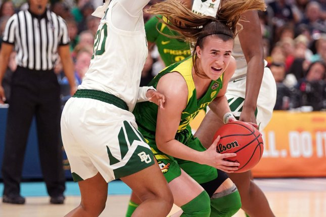 Oregon Ducks senior guard Sabrina Ionescu (20) won the John R. Wooden Award for the second consecutive season. File Photo by Kevin Dietsch/UPI