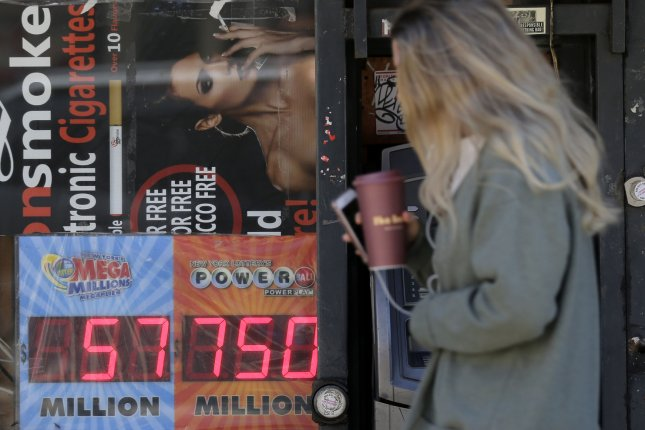 Roughly 825 Million Up For Grabs In Powerball Mega Millions Drawings Upi Com