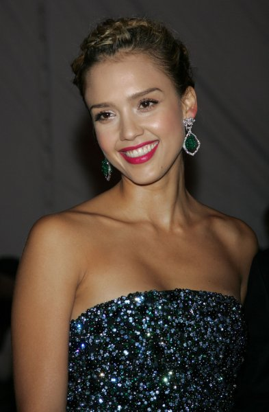 Jessica Alba arrives for the Metropolitan Museum of Art's Costume Institute Gala in New York on May 4, 2009. (UPI Photo/Laura Cavanaugh)