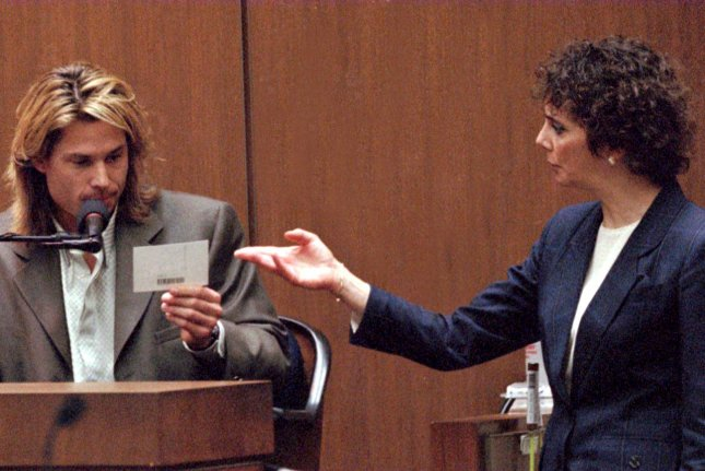 Doux Reviews: The People v. O.J. Simpson: Marcia, Marcia