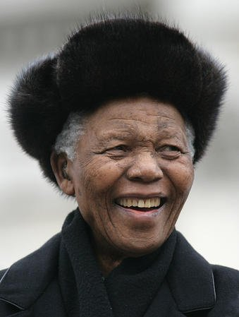 Nelson Mandela in 2005 (UPI Photo/Hugo Philpott)