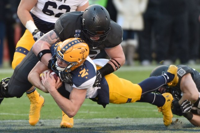 02687adfd 2016 Armed Forces Bowl preview  Sliding Navy clash with Louisiana Tech  Bulldogs