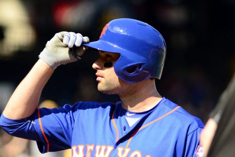 New York Mets second baseman Neil Walker (20). Photo by Archie Carpenter/UPI