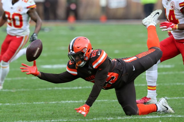 Cleveland Browns running back Duke Johnson Jr. is unable to make a one handed catch against the Kansas City Chiefs on November 4 at First Energy Stadium in Cleveland. Photo by Aaron Josefczyk/UPI