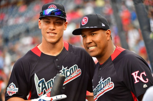 New York Yankees slugger Aaron Judge and Kansas City Royals catcher Salvador Perez pose during batting practice for the 2018 Home Run Derby on July 16 at Nationals Park in Washington, D.C. Photo by Kevin Dietsch/UPI