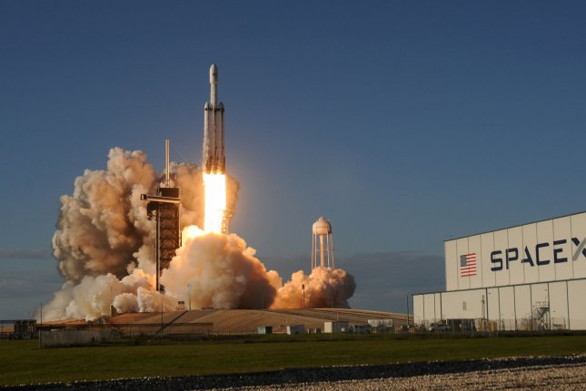 SpaceX Falcon Heavy launch of 24 satellites now targeting June 24
