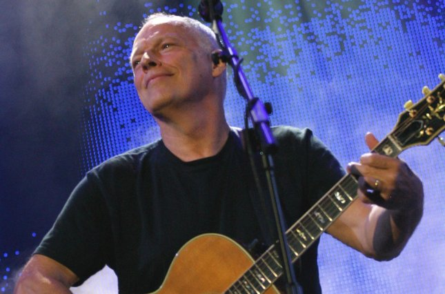 David Gilmour of the band Pink Floyd, reunited for the first time in 20 years, performs during the Live 8 Concert in Hyde Park in London, England July 2, 2005. The concert, held simultaneously in many cities around the world including Paris, Berlin, Philadelphia and Rome, is intended to call attention to world poverty ahead of next week's G8 meeting in Scotland. (UPI Photo/David Silpa)