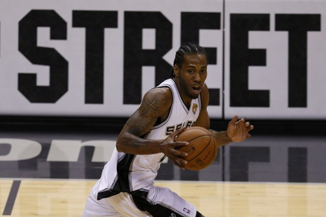 Spurs' Kawhi Leonard fails to give return date for his injury
