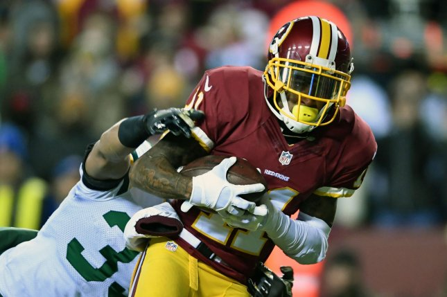 Washington Redskins wide receiver DeSean Jackson (11) brings in a 17-yard touchdown against Green Bay Packers strong safety Micah Hyde (33) in the first quarter at FedEx Field in Landover, Maryland on November 20, 2016.