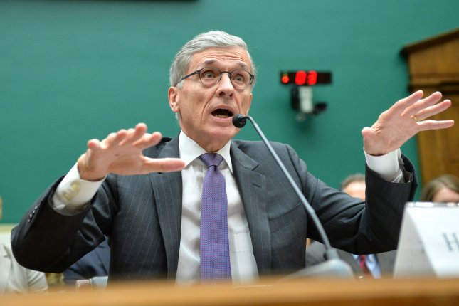 fcc investigated for leaks about expansion of obama phone program