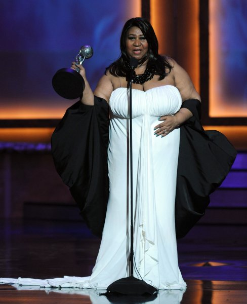 Aretha Franklin accepts the Vanguard Award at the 39th annual NAACP Image Awards in Los Angeles on February 14, 2008. (UPI Photo/Jim Ruymen)