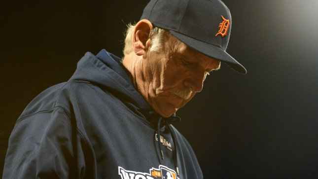 Detroit Tigers manager Jim Leyland lowers his head in the ninth inning as his team looses game 1 of the World Series against the San Francisco Giants 8-3 at AT&T Park in San Francisco on October 24, 2012. UPI/Terry Schmitt