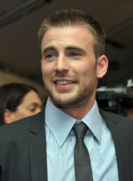 Actor Chris Evans arrives for the world premiere of The Loss of A Teardrop Diamond at Roy Thomson Hall during the Toronto International Film Festival in Toronto, Canada on September 12, 2008. (UPI Photo/Christine Chew)