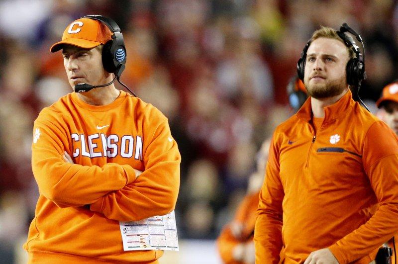 Clemson tops College Football Playoff rankings; Auburn ...