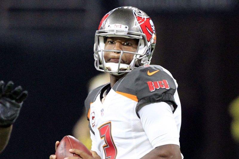 Jameis Winston leads Tampa Bay Buccaneers over Carolina Panthers