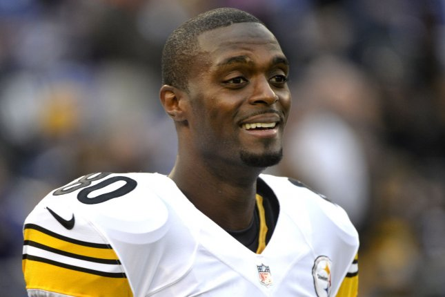 Pittsburgh Steelers Plaxico Burress is seen during warm-ups prior to the Steelers game against the Baltimore Ravens at M&T Bank Stadium in Baltimore on December 2, 2012. (File/UPI/Kevin Dietsch)