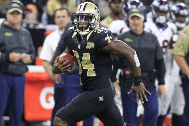 tim hightower saints jersey