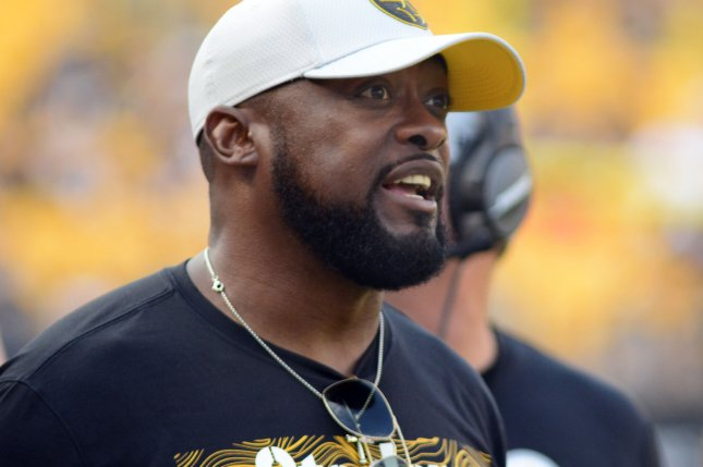 Pittsburgh Steelers coach Mike Tomlin calls to the defense from the sidelines during the 16-6 preseason win against the Tennessee Titans at Heinz Field in Pittsburgh on August 25, 2018. Photo by Archie Carpenter/UPI