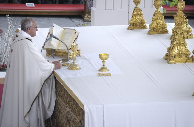 Pope Francis celebrates Easter Sunday mass in the Vatican on March 31, 2013. UPI/Stefano Spaziani