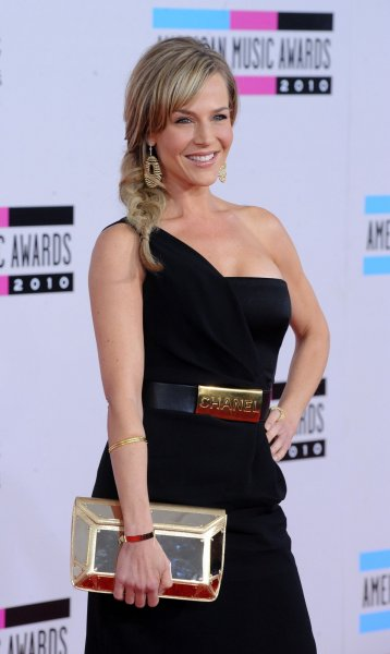 Actress Julie Benz arrives at the 2010 American Music Awards in Los Angeles November 21, 2010. UPI/Jim Ruymen