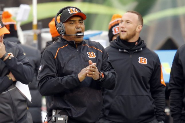 Cincinnati Bengals head coach Marvin Lewis reacts to his teams play agains the St. Louis Rams during the second half of play at Paul Brown Stadium in Cincinnati, Ohio, November 29, 2015. Photo by John Sommers II/UPI