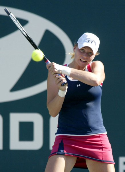 Vera Zvonareva of Russia hits a shot from the baseline against Michaella Krajicek of the Netherlands in the quarterfinals of the Family Circle Cup tennis tournament in Charleston, South Carolina on April 13, 2007. Zvonareva won the match 6-1, 7-5. (UPI Photo/Nell Redmond)