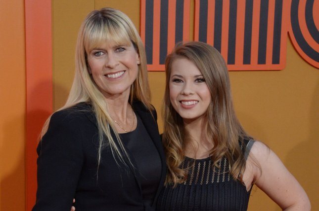 Bindi Irwin (R), pictured with mom Terri Irwin, reacted Sunday to Animal Planet's promo for her family's upcoming show. File Photo by Jim Ruymen/UPI