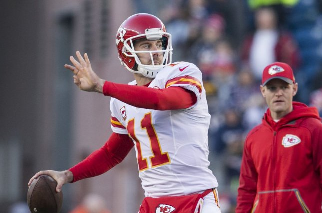 Chiefs elevate Patrick Mahomes to No. 2 quarterback
