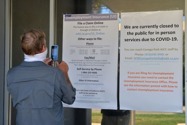 More than 700,000 USA  workers file new unemployment claims