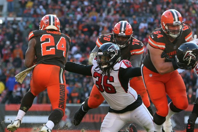 Cleveland Browns offensive lineman J.C. Tretter (64) beat out New York Giants defensive back Michael Thomas and Tampa Bay Buccaneers linebacker Sam Acho for the association president position. File Photo by Aaron Josefczyk/UPI