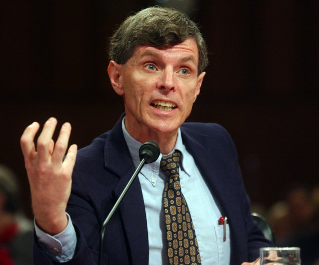 Dr. David J. Graham, MPH, Associate Director for Science, Office of Drug Safety, Center for Drug Evaluation and Research, U.S. Department of Health and Human Services, Food and Drug Administration testifies before the Senate Finance Committee hearing on FDA, Merck, and Vioxx on November 18, 2004 in Washington. Graham said that Vioxx was a definite threat and that there are at least five drugs on the market he would take off...(UPI Photo/Michael Kleinfeld)