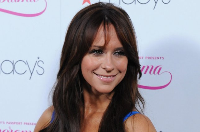 Jennifer Love Hewitt Apologizes for Her Unglamorous Look at FOX Upfronts
