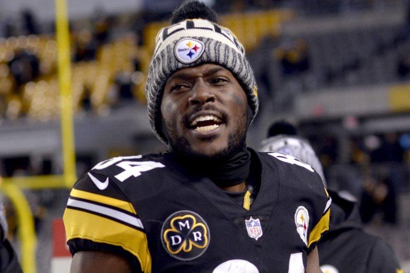 Pittsburgh Steelers Antonio Brown Recruits Dez Bryant On